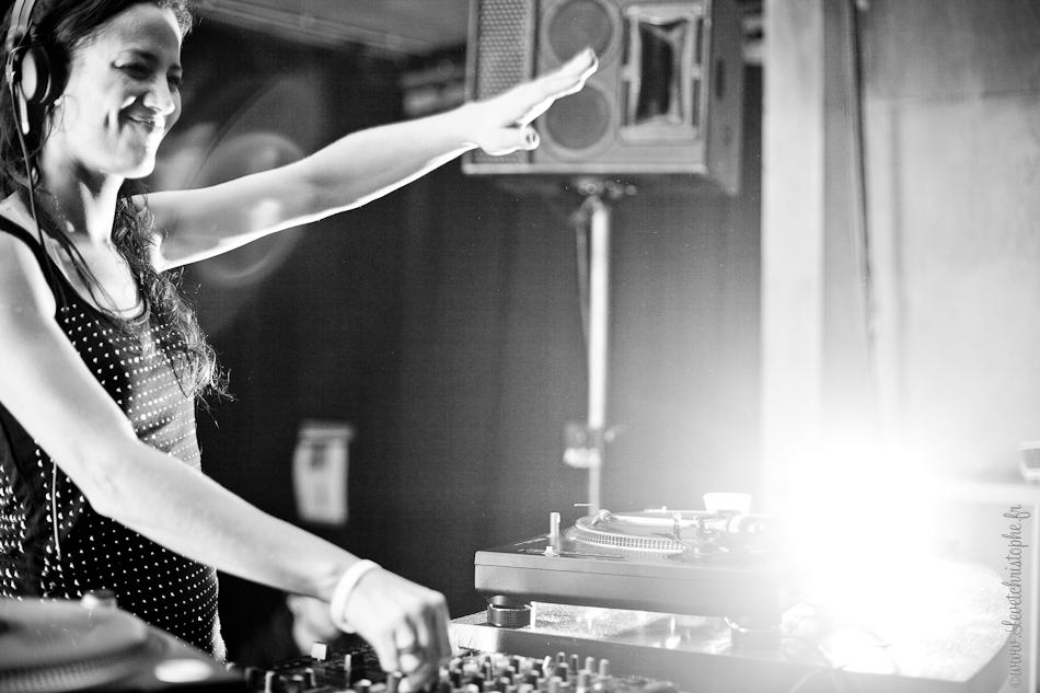 DJ Elisa do Brasil ©www.levetchristophe.fr