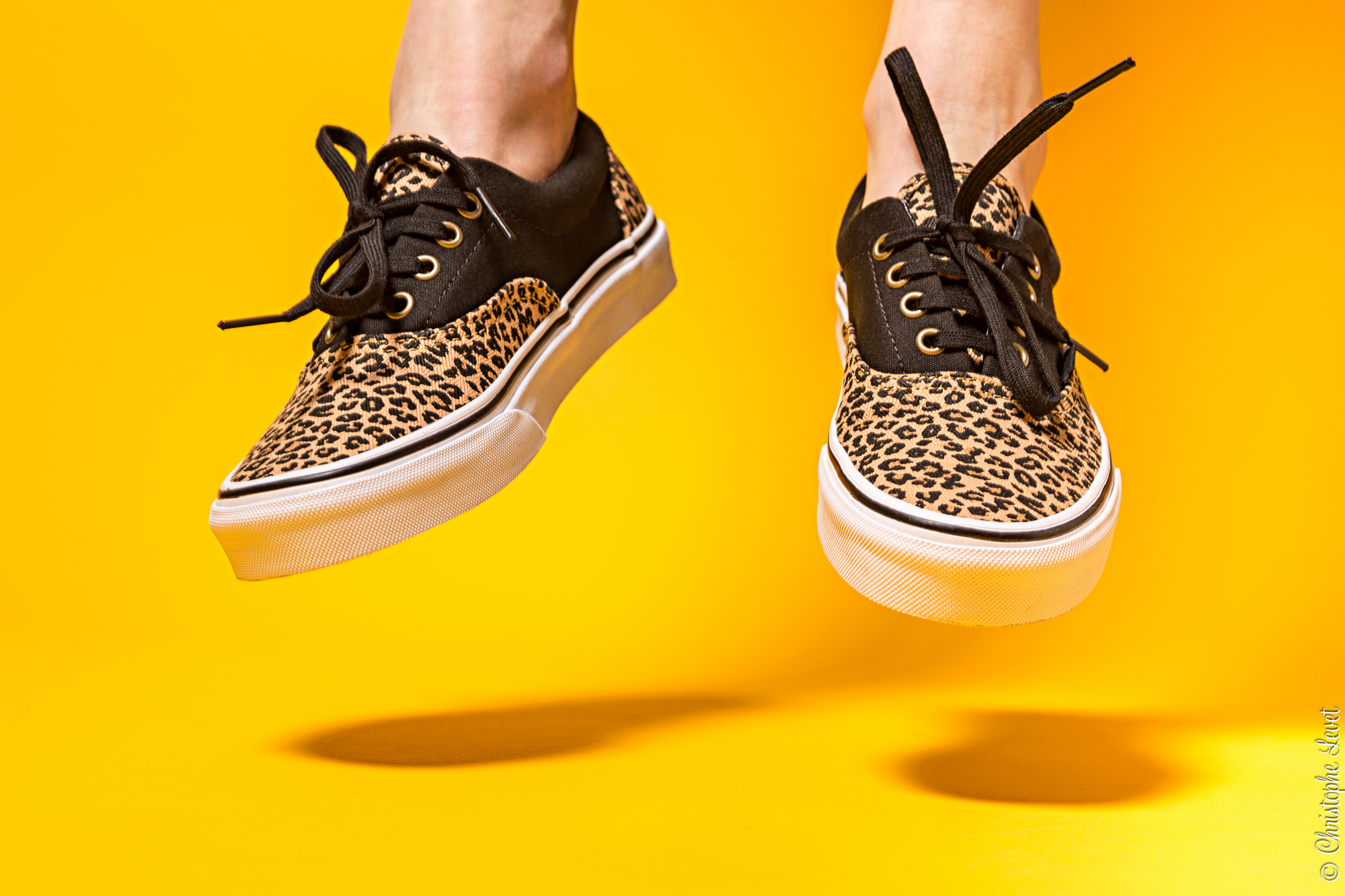 Photographie en mode lifestyle de chaussures Vans