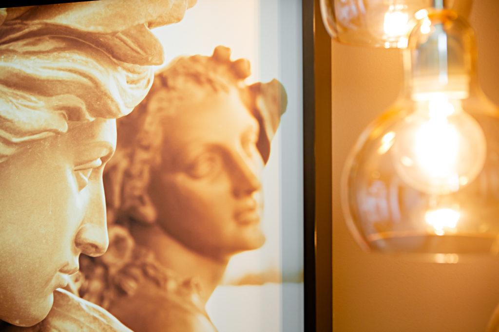 Photo de détail d'un cabinet de chirurgien plasticien réalisée à Grenoble par le photographe Christophe Levet