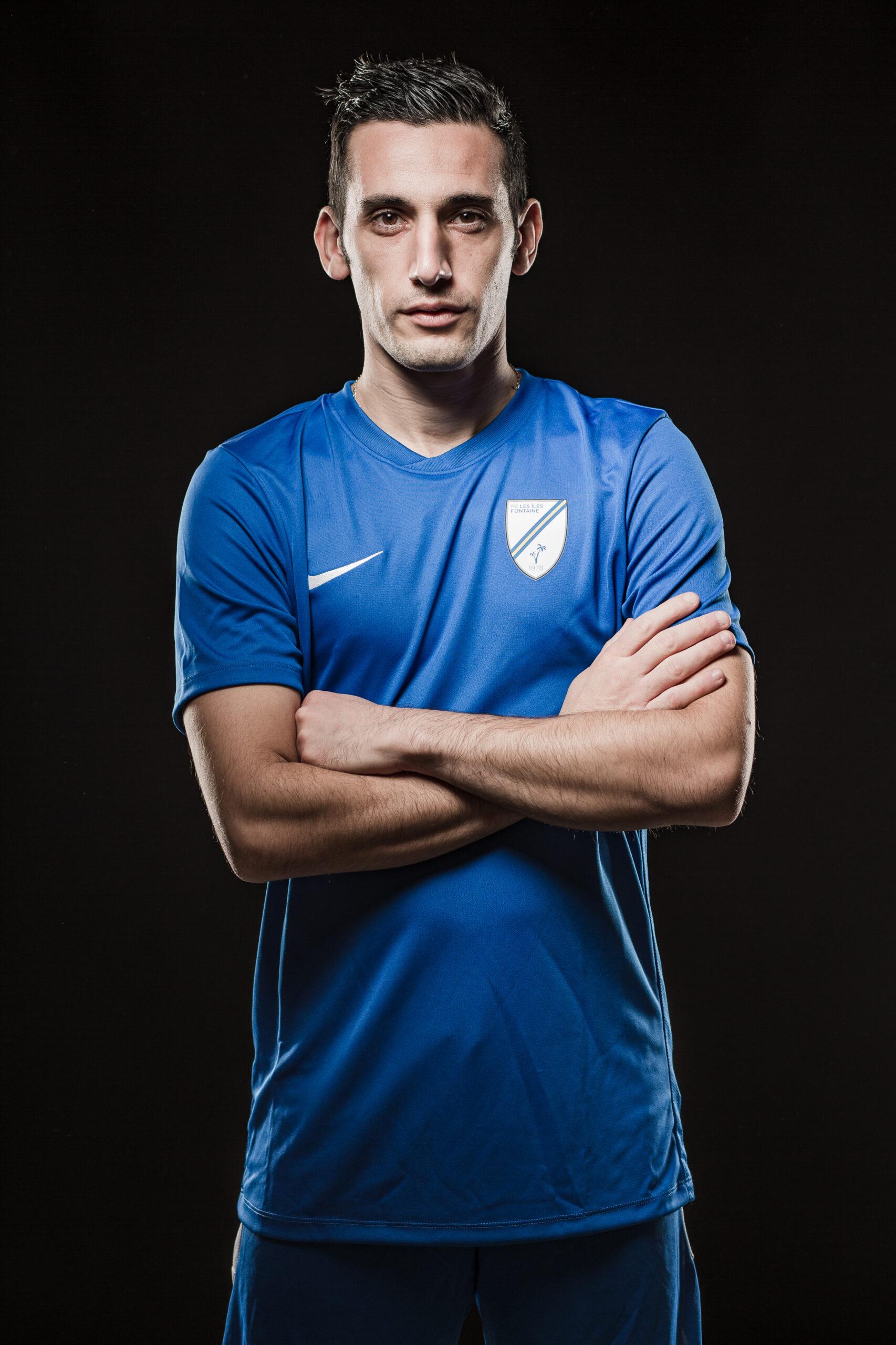 Portraits photo d'un joueur de foot à Grenoble réalisé par le photographe Christophe Levet